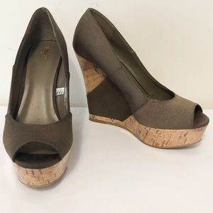 Mossimo Neutral Cork and Textile Wedges